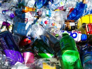 Wie in Zukunft weniger Plastik im Meer sein kann